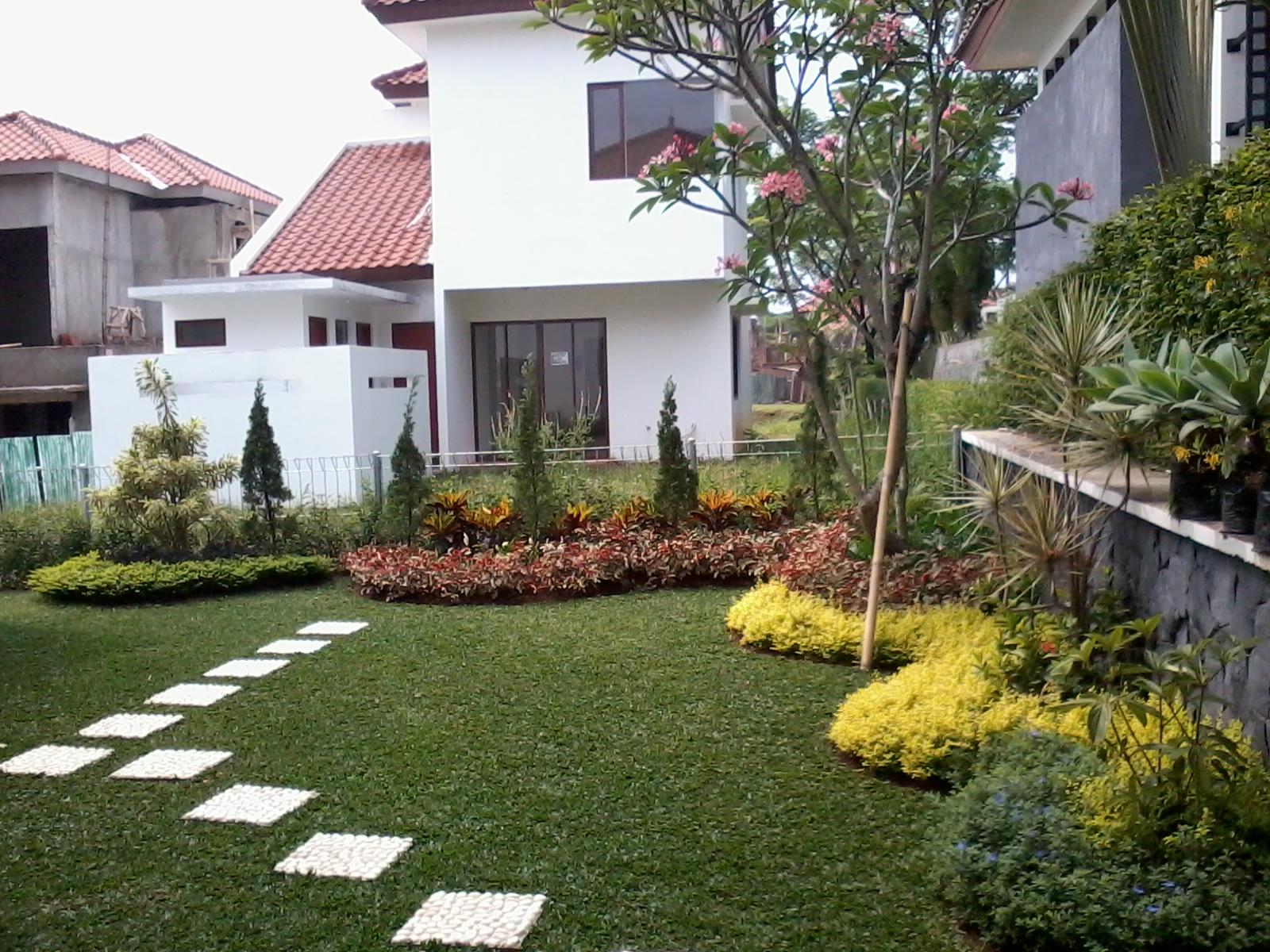 jasa pembuatan taman halaman rumah