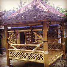 tukang saung bambu profesional